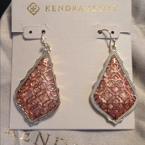 Kendra Scott Addie earring rose gold/gold color